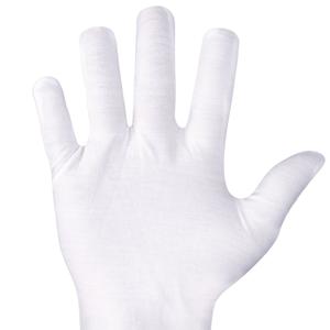 guantes de color blanco